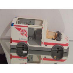 Ambulance Jaunie A Nettoyer Et A Compléter 4221 Playmobil