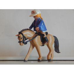 Jockey Du Centre Equestre Et Son Cheval Playmobil