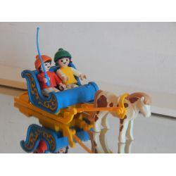 Le Traineau Et Les Enfants Aux Sports D'Hiver Playmobil