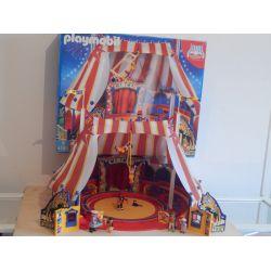 Superbe Cirque Avec Sa Boite Avec Eclairage Arrière Qui Fonctionne Nombreux Personnages Et Accéssoires Complet Le Monde Du Cirqu