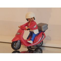 Maman Et Scooter Playmobil