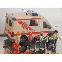 Belle Ambulance Avec Gyrophare Qui S'Allume - 3 Personnages - Accéssoires Playmobil