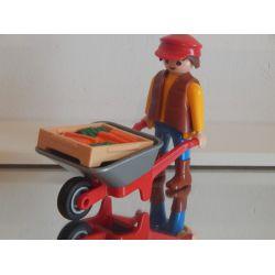 Employé Du Centre Equestre Et Brouette Playmobil